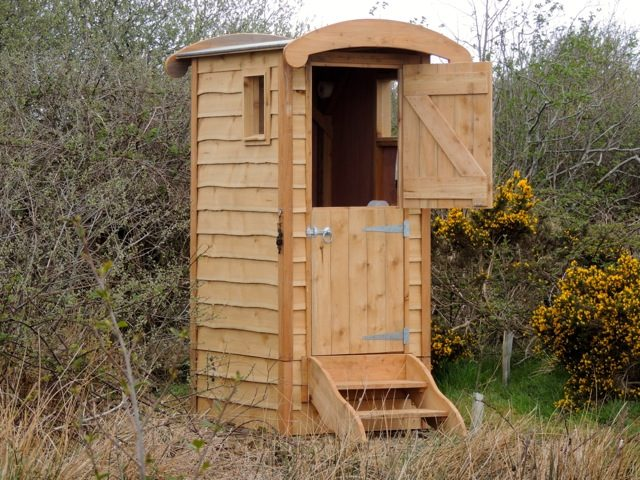 toilettes s ches terre permaculture. Black Bedroom Furniture Sets. Home Design Ideas